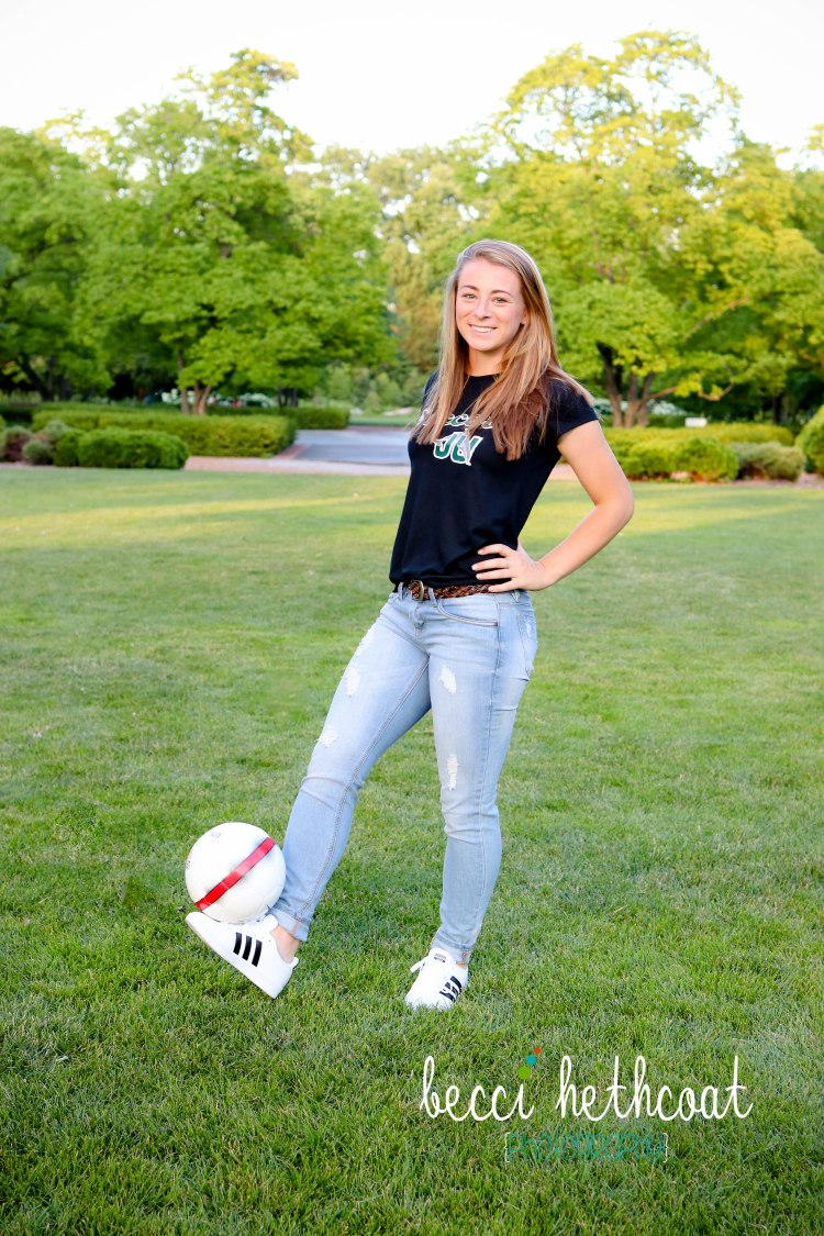 BecciHethcoatPhotography-Senior Session-Wheaton-39